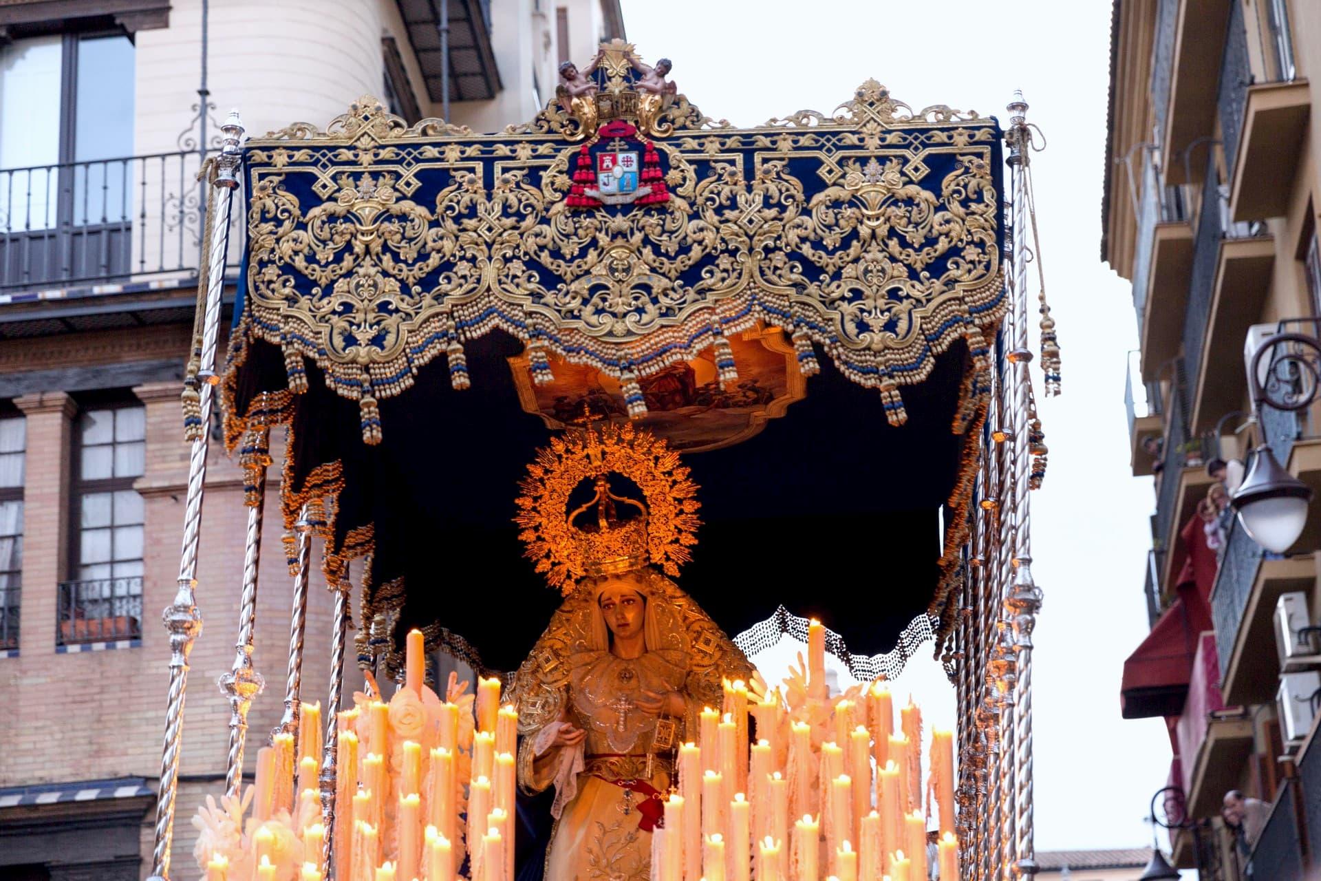 El paso de palio de Nuestra Señora del Carmen