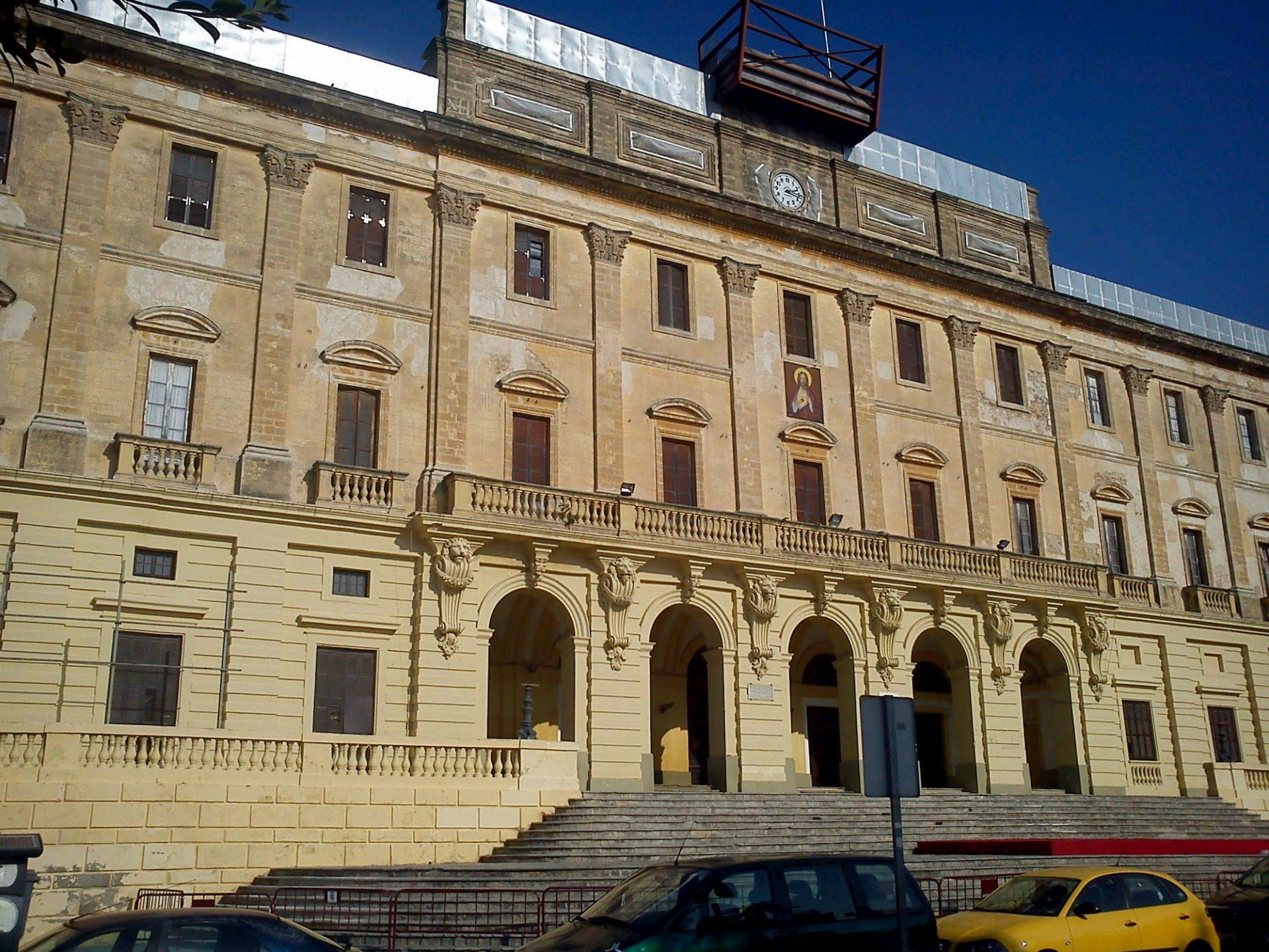 Fachada principal Ayuntamiento de San Fernando